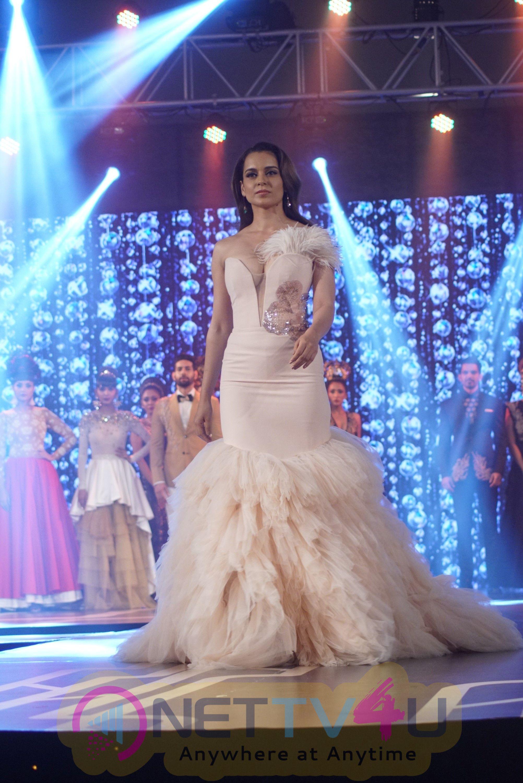 Actress Kangana Ranaut At The Launch Of Platinum Vogue Stills Hindi Gallery
