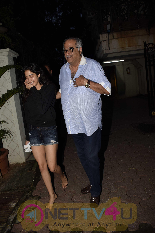 Janhvi And Boney Kapoor Came To Arjun Kapoor House  Hindi Gallery