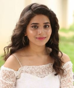 Tejaswini Telugu Actress