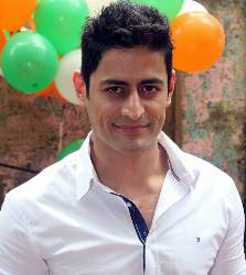 Mohit Raina Hindi Actor