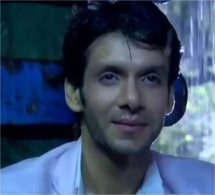 Bhuvnesh Mann Hindi Actor