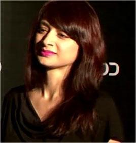 Gauri Pradhan Tejwani Hindi Actress