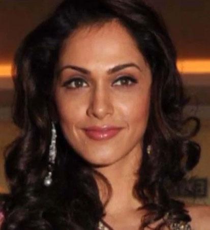 Isha Koppikar Hindi Actress