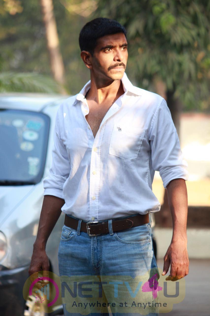 Actor Rohit Pathak Starts Shooting Of His Next Movie Boondein Stills Hindi Gallery
