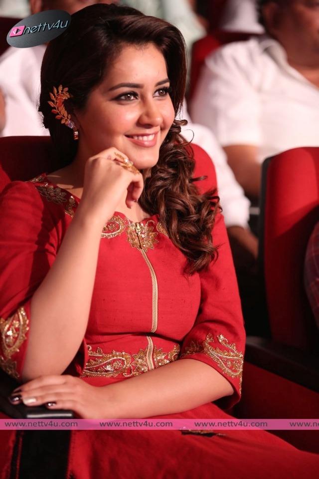 actress raasikhanna latest photos 01