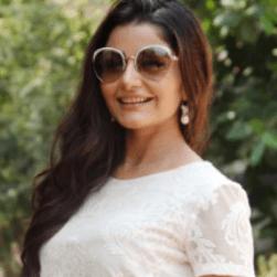 Asha Bhatt Telugu Actress