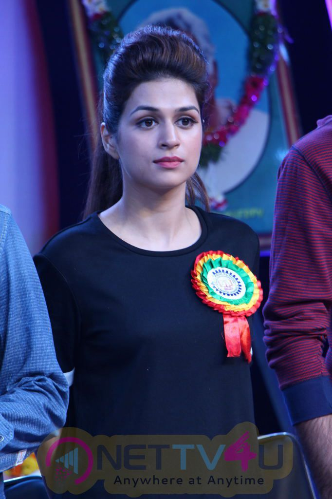 Guntur Talkies Team At TRR High School Anniversary Celebration Photos Telugu Gallery