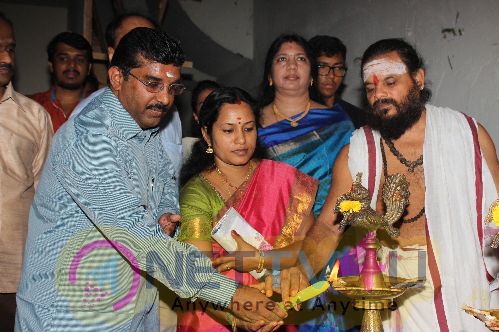 Inayathalam Tamil Movie Pooja Stills Tamil Gallery