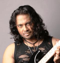 Bollywood Playback Singer Aastha Gill Biography, News