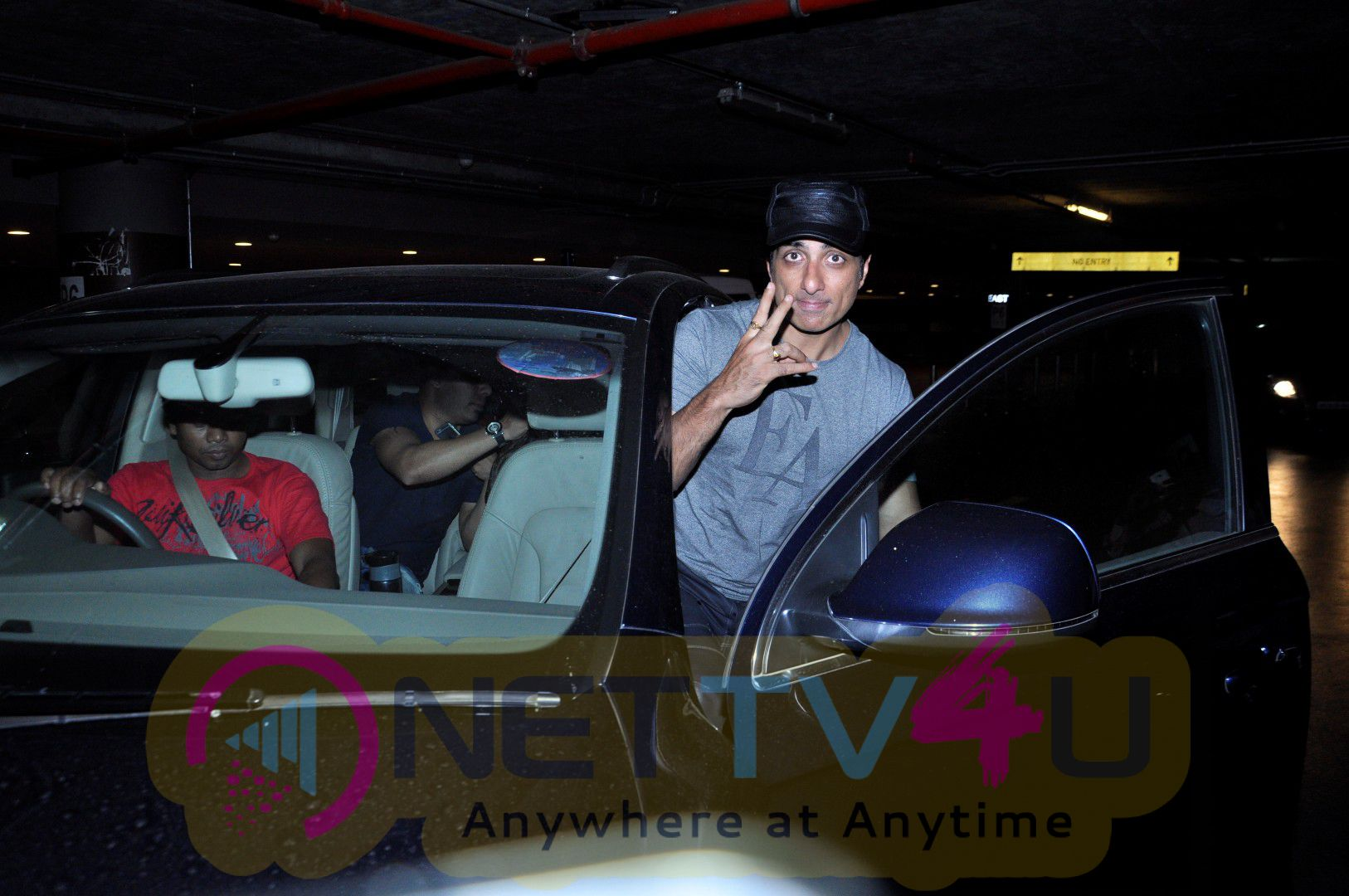 Mallika Sherawat & Mahesh Kothare & Many Celebs Spotted At Airport Event Stills Hindi Gallery