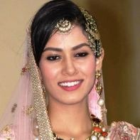Mira Rajput Hindi Actress