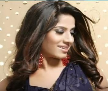 Meenal Tamil Actress