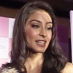 Navneet Kaur Dhillon Hindi Actress