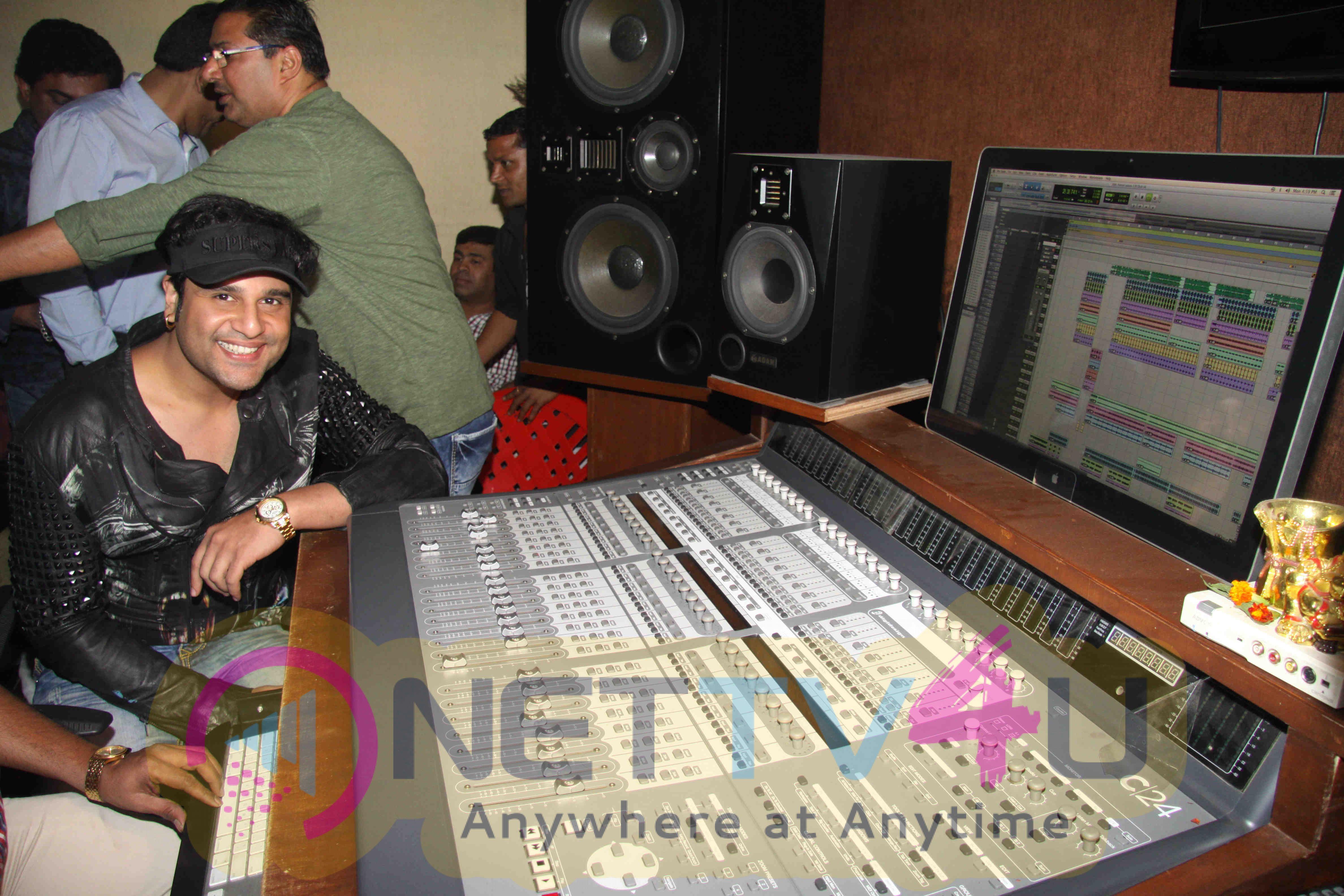 Photos Of Krishna Abhishek Attends The Song Recording Of Film Jhunjhunaa Hindi Gallery