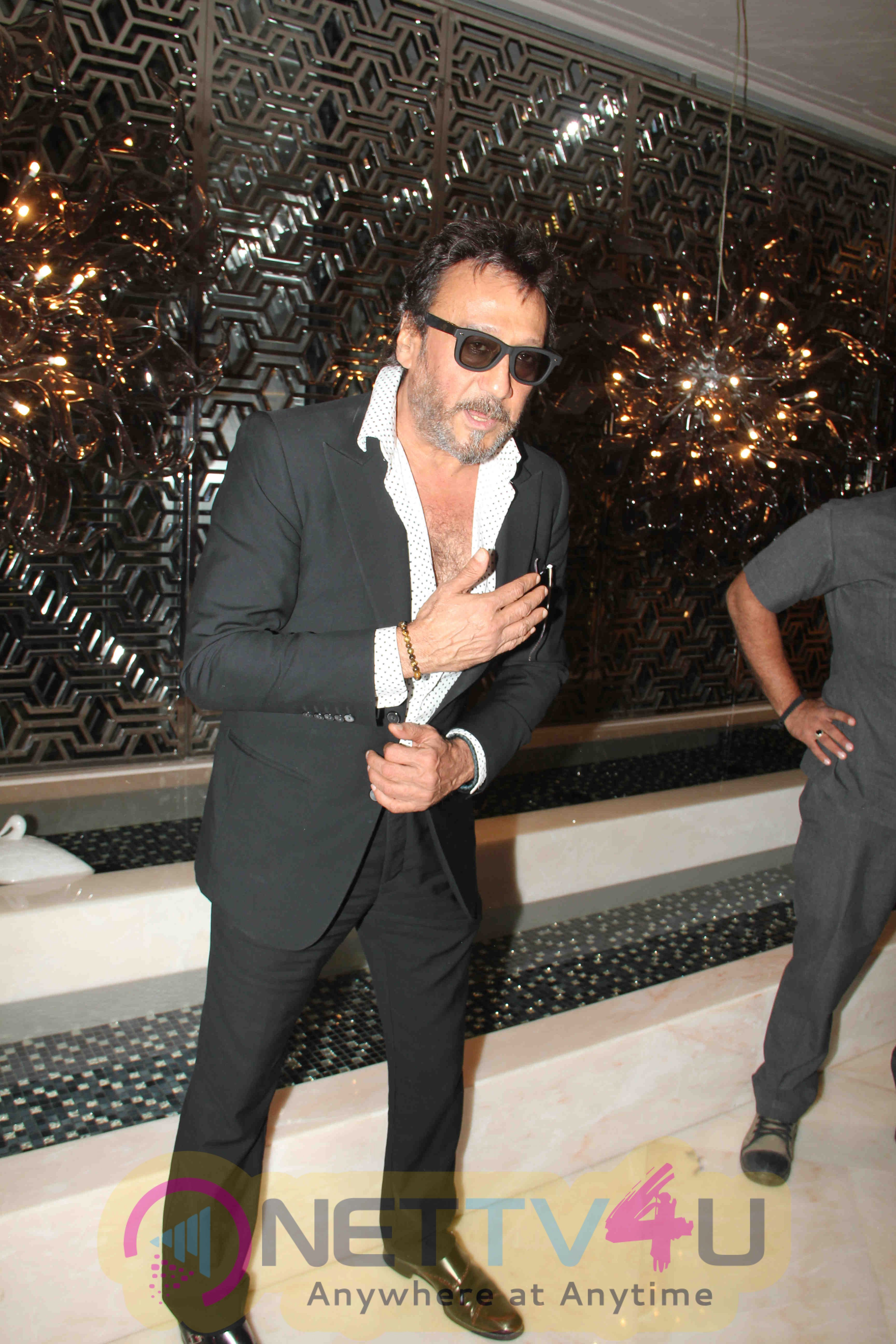 Savvy Honours Awards 2016 Exclusive Photos Hindi Gallery