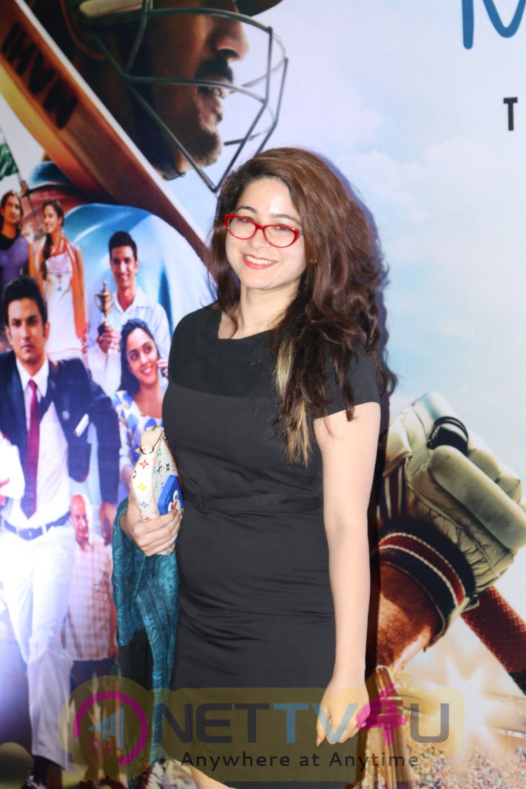 Sushant Singh Rajput & Mahendra Singh Dhoni At Special Screening Of Film M.S. Dhoni The Untold Story Photos Hindi Gallery