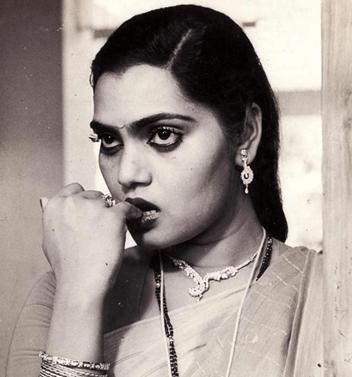 Silk Smitha Tamil Actress