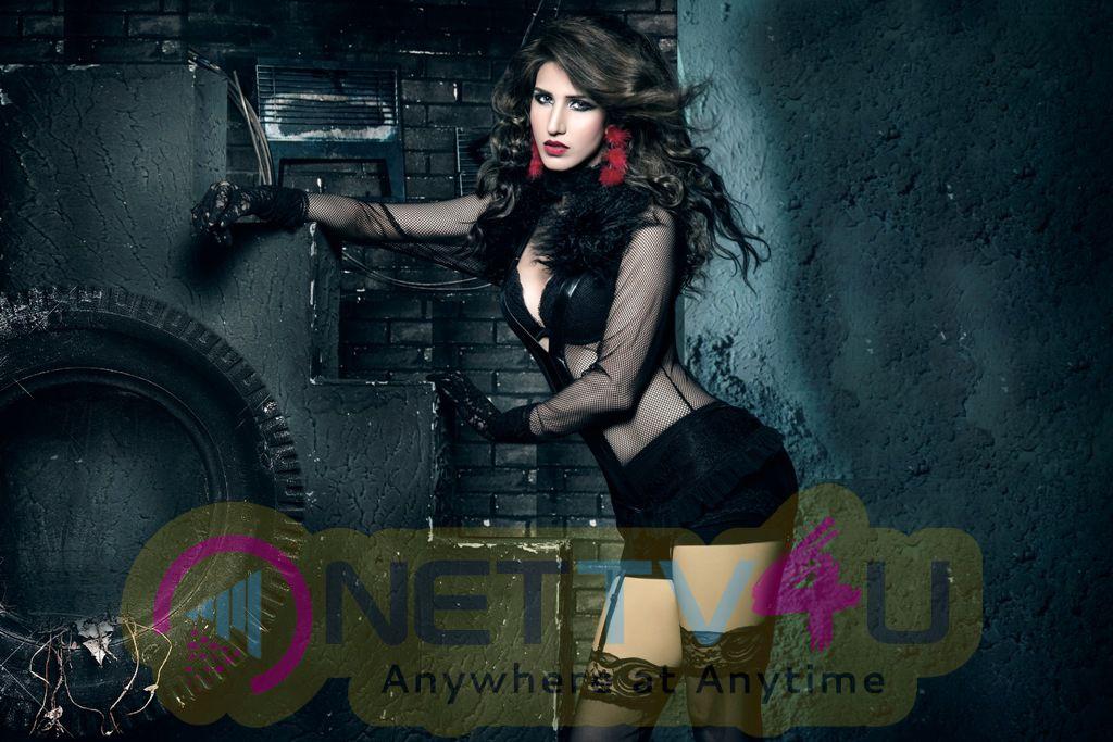 Tamil Actress Anandpreet Kaur Hot Photo Shoot Stills Tamil Gallery