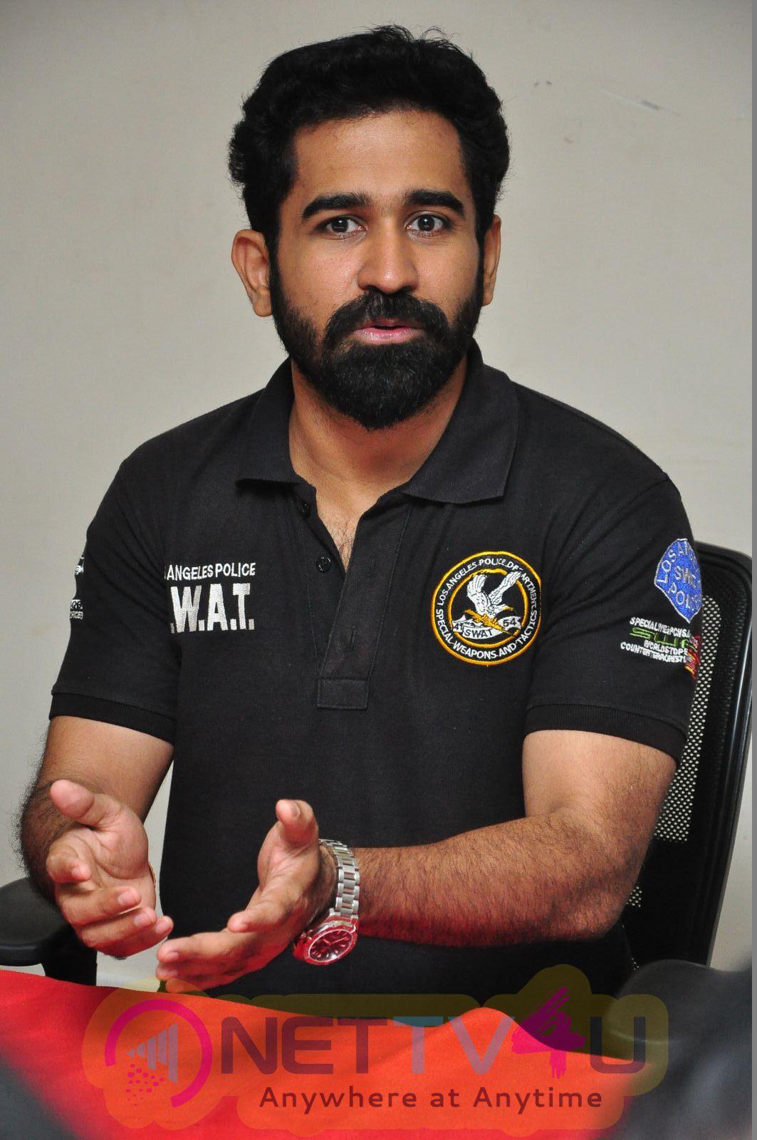 Tmail Actor Vijay Antoni Exclusive Photo Shoot  Tamil Gallery