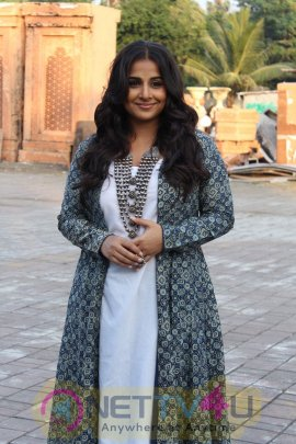 Vidya Balan Shoot Savdhaan India Promotion Episode For Movie Kahani