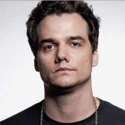 Wagner Moura English Actor