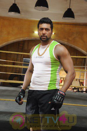 Tamil Movie Bhooloham with Jayam Ravi