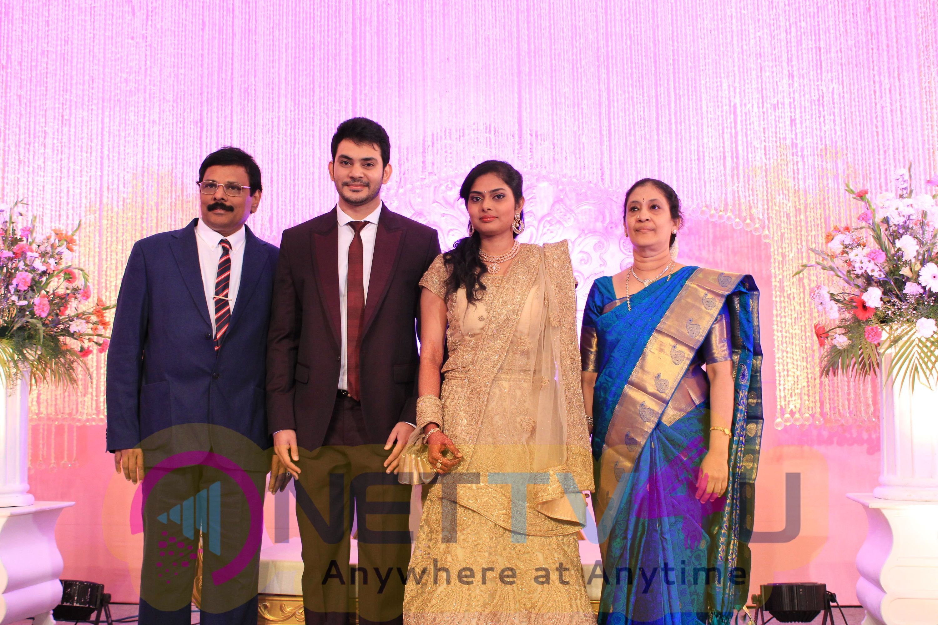 Dr.Sethuraman Beautiful Reception Photos Exclusive