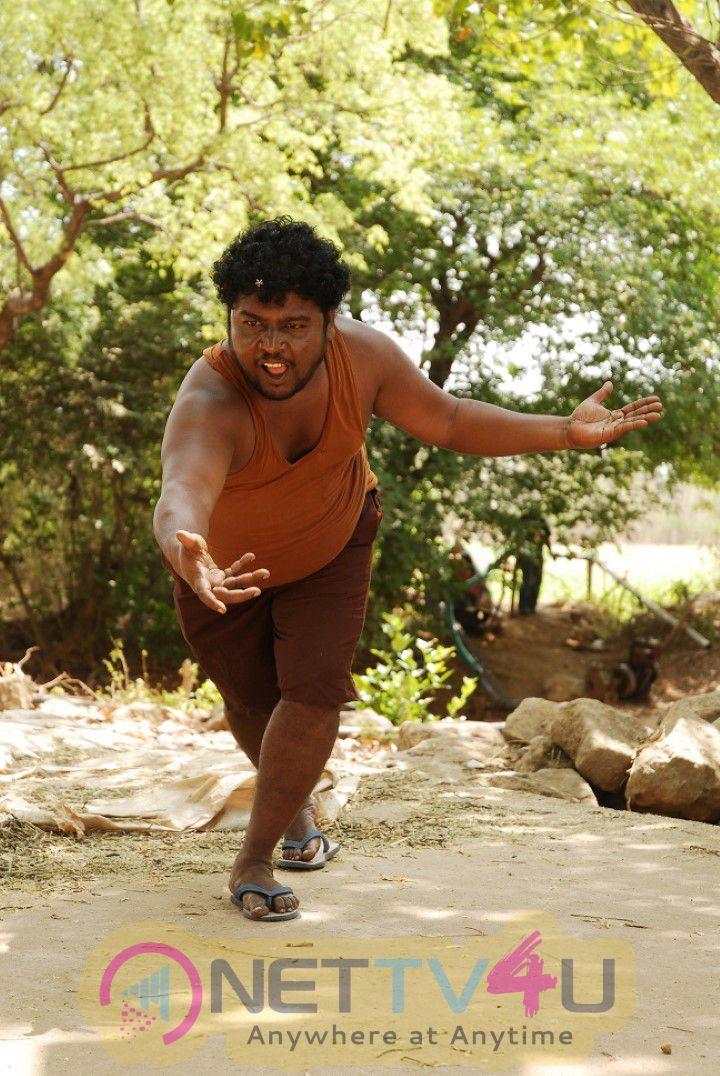 Onbathu Kuzhi Sampath Tamil Movie Working Exclusive Stills