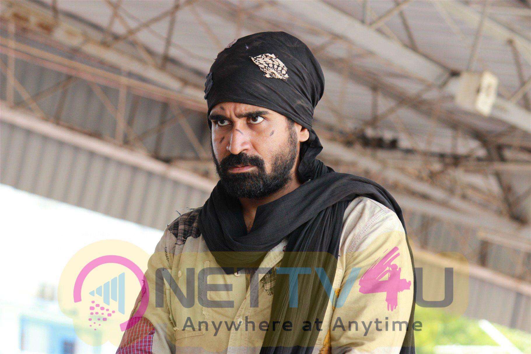 aarambam tamil movie cast