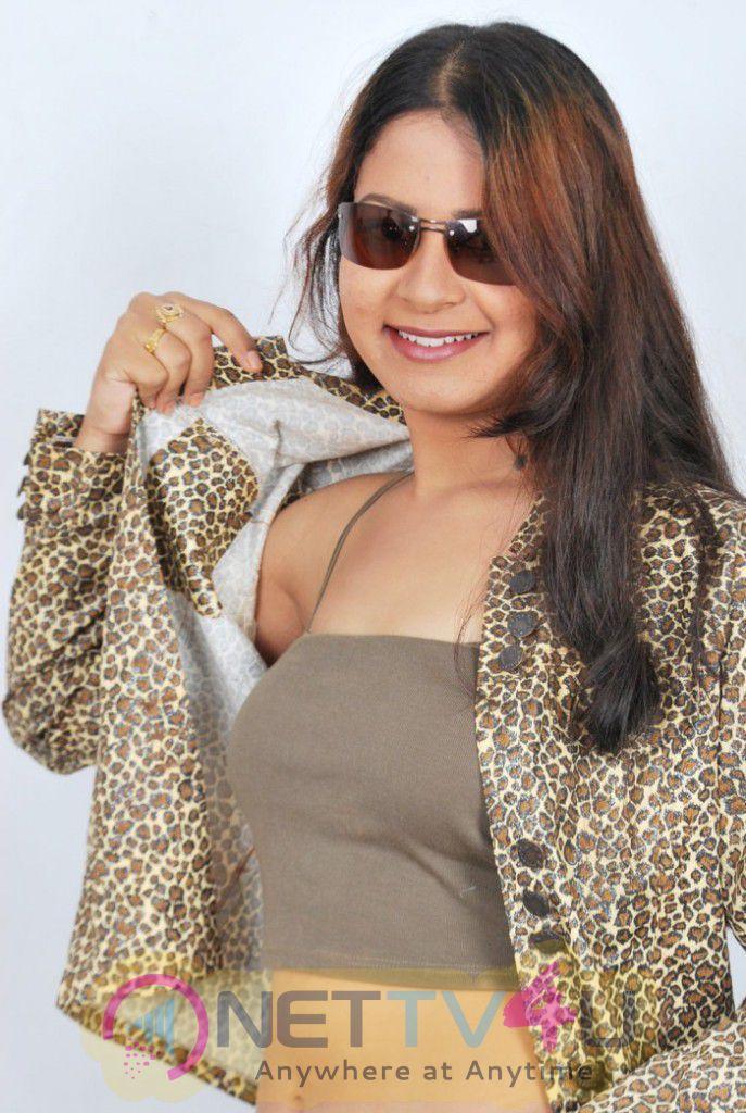 Thenmozhi Thanjavur Tamil Movie Hot Photoshoot Stills