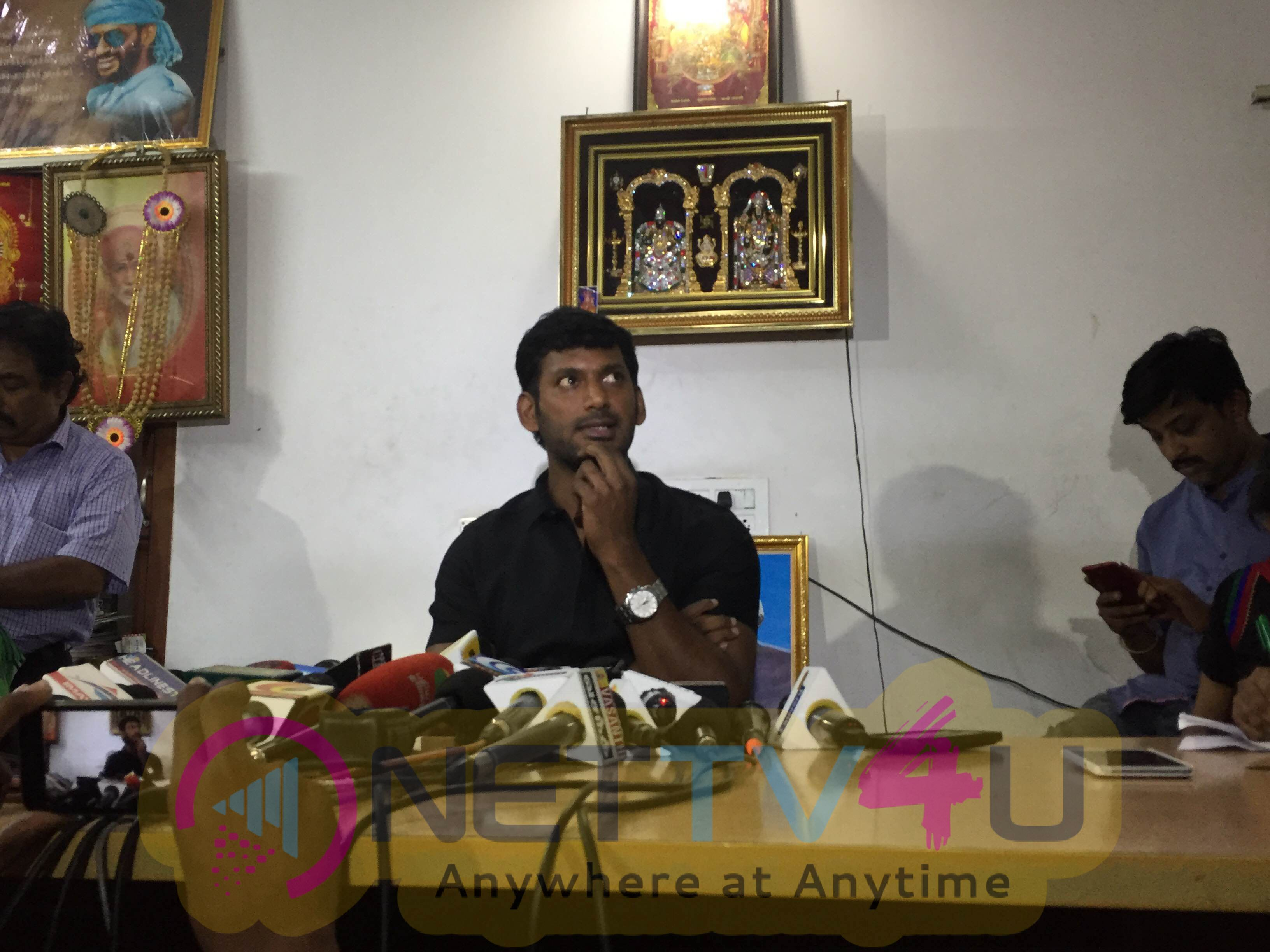 Actor Vishal Press Meet Delightful Photos