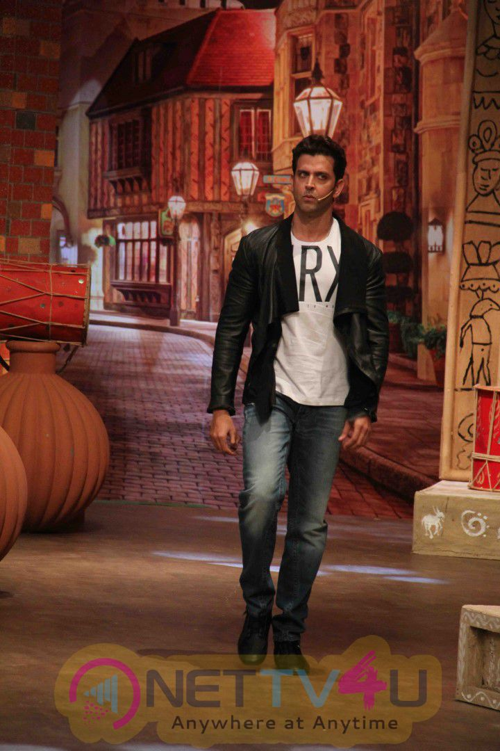 Bollywood Actor Hrithik Roshan During The Promotion Of Film Mohenjo Daro On The Sets Of The Kapil Sharma Show Pics