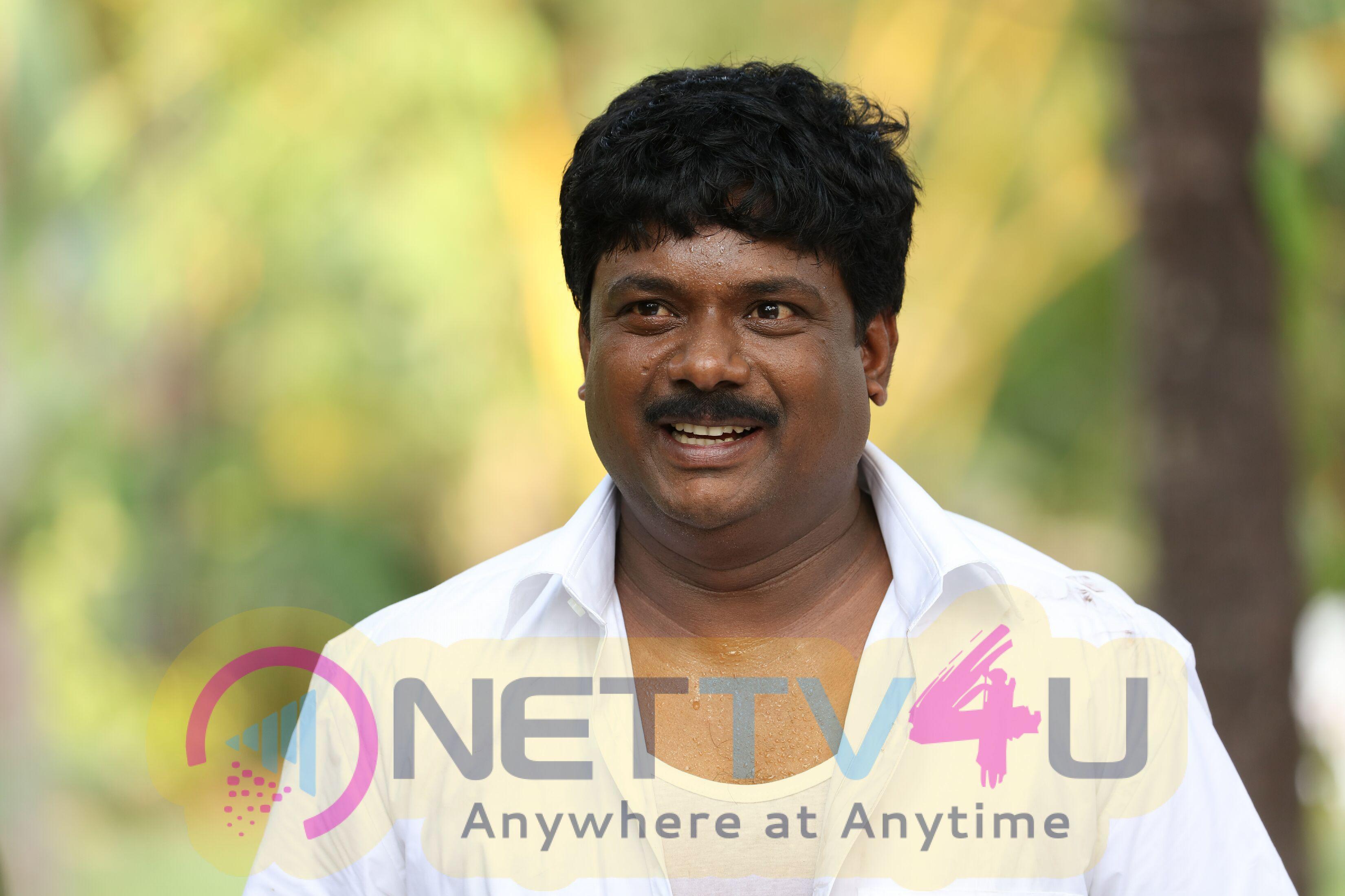 Kavi Uddesi Chathu Malayalam Movie Stills