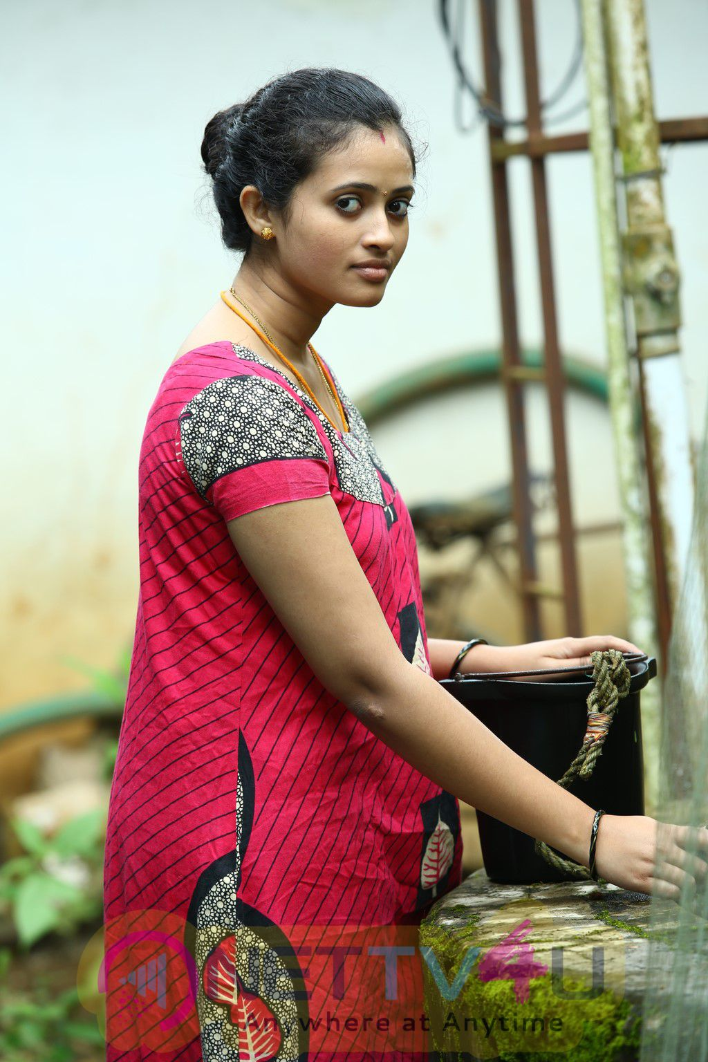 Oru Tharam Udhayamagirathu Tamil Movie Stills And Posters Tamil Gallery