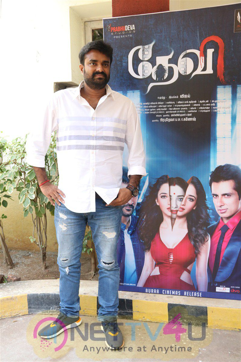 Tamil Movie  Devi(L) Success Meet Exclusive Stills