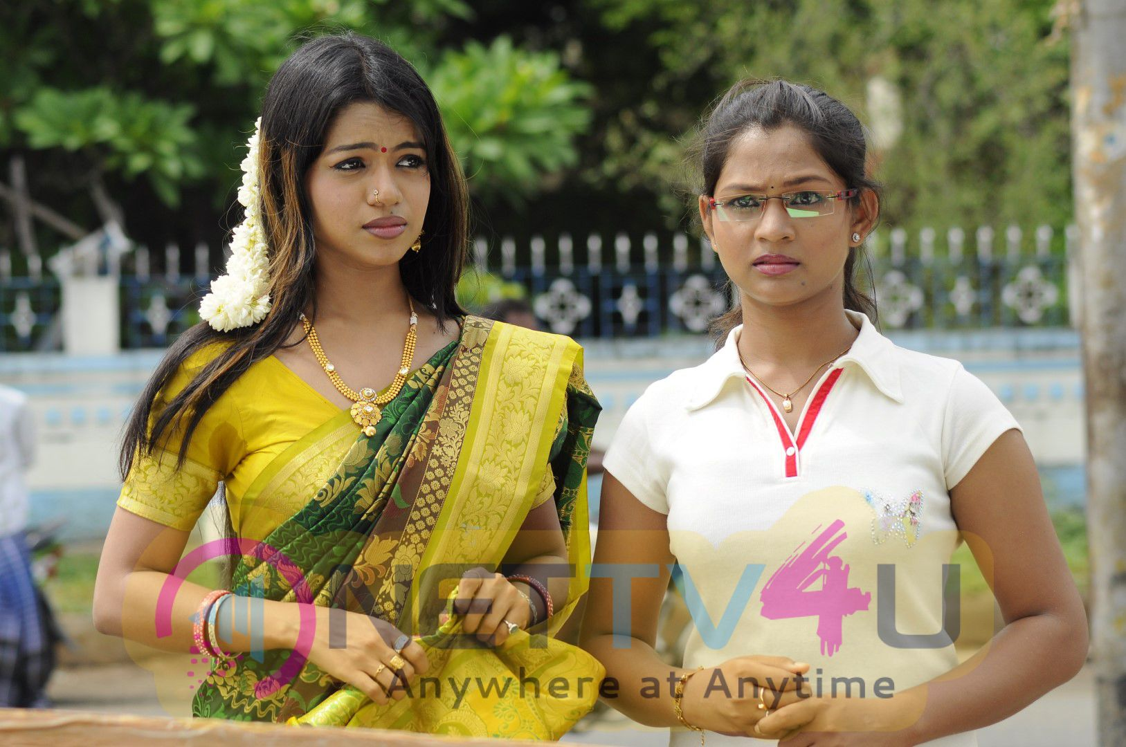 Tamil Movie Valayal High Quality Photos