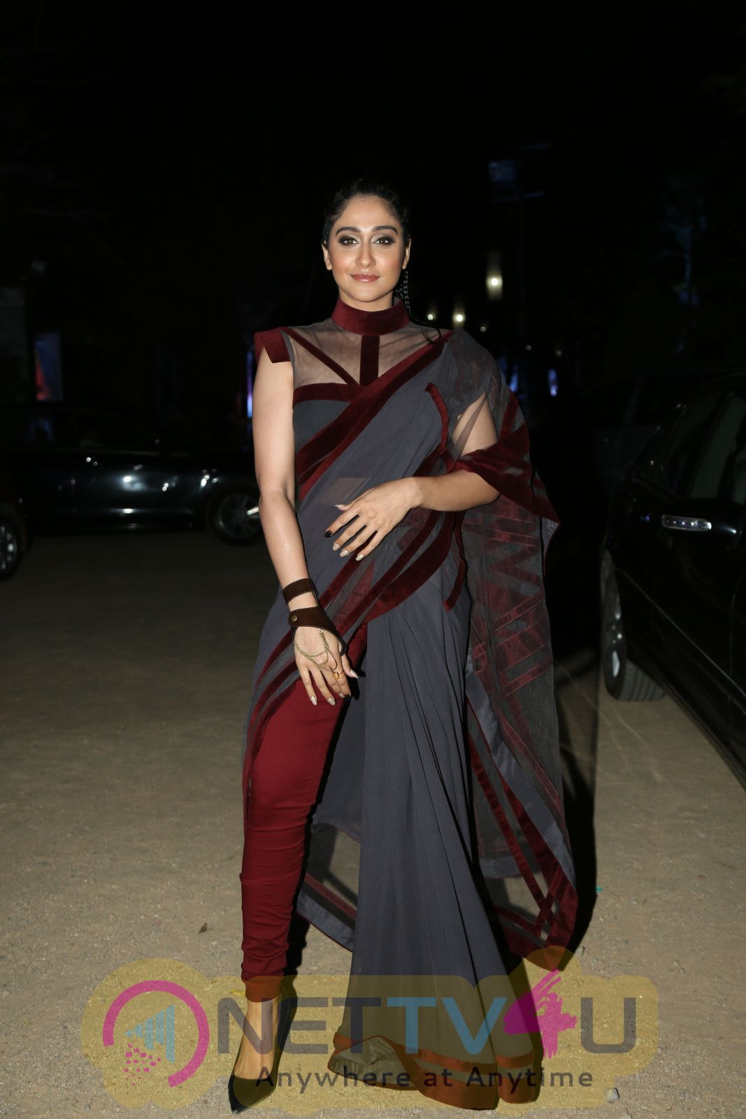 Actress Regina Cassandra Attractive Stills Telugu Gallery
