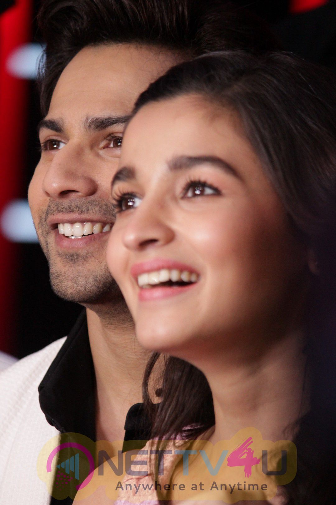Star Of Badrinath Ki Dulhania Varun Dhawan & Alia Bhatt On Set Of Voice Of India-Photos