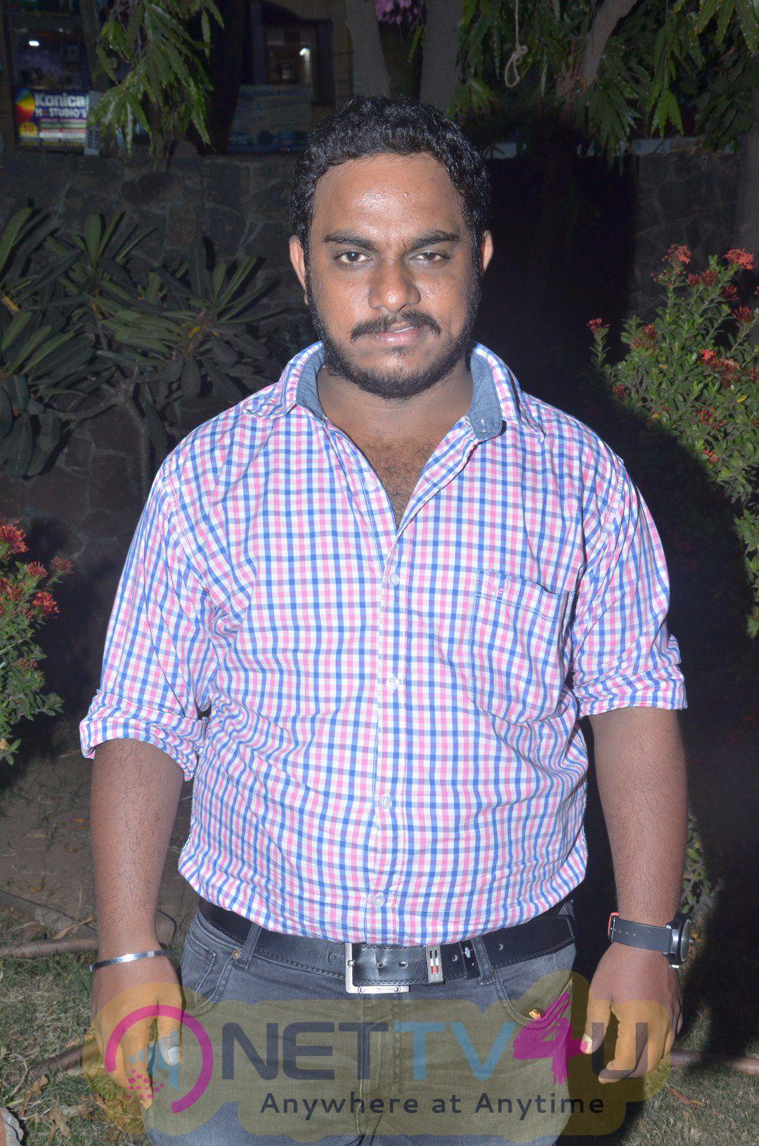Oru Kanavu Pola Tamil Movie Audio Launch Pics