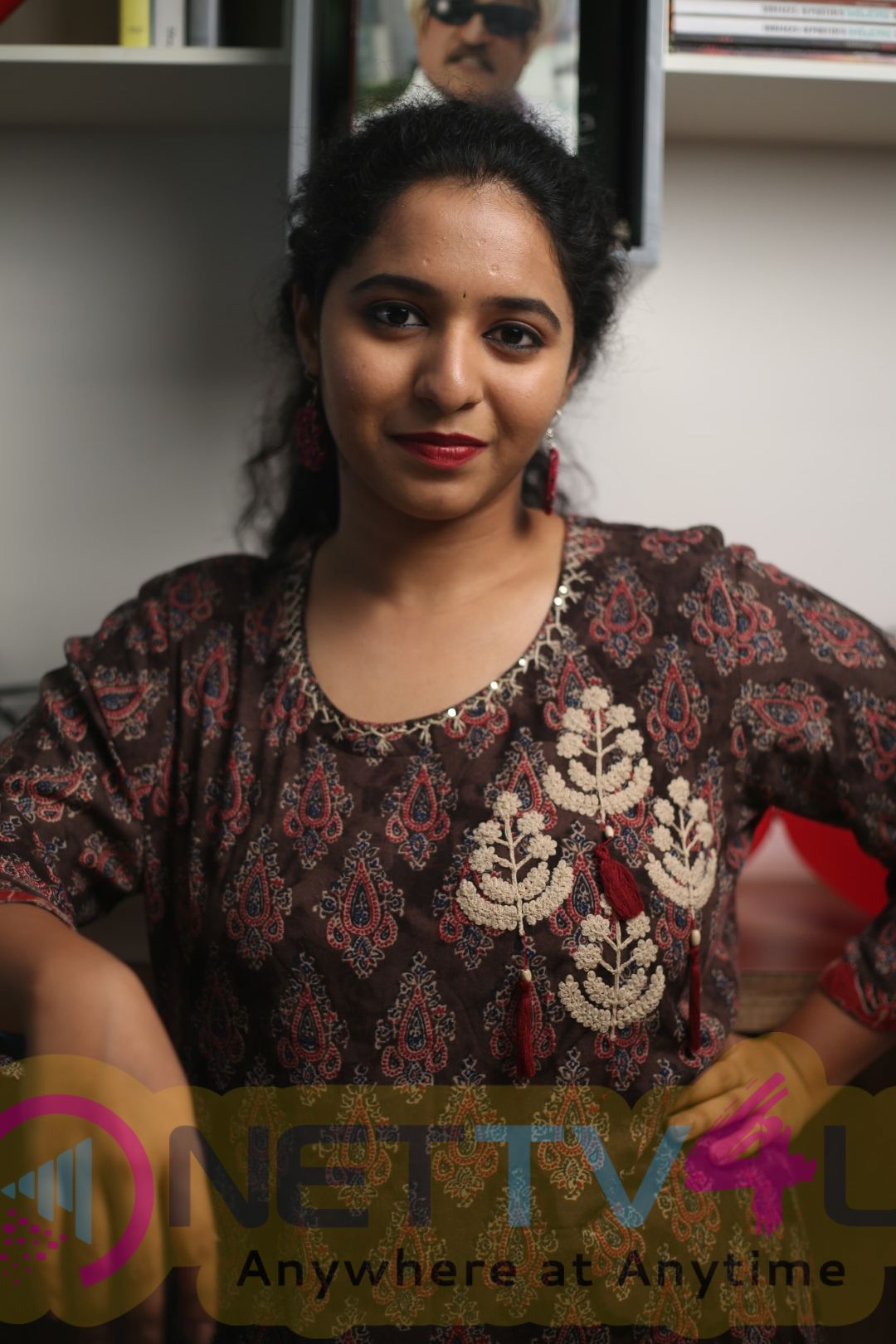 RJ Mirchi Saru Exclusive Interview Pics Tamil Gallery