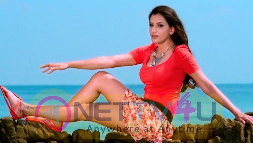 Actress Smriti Khanna Lovely Images