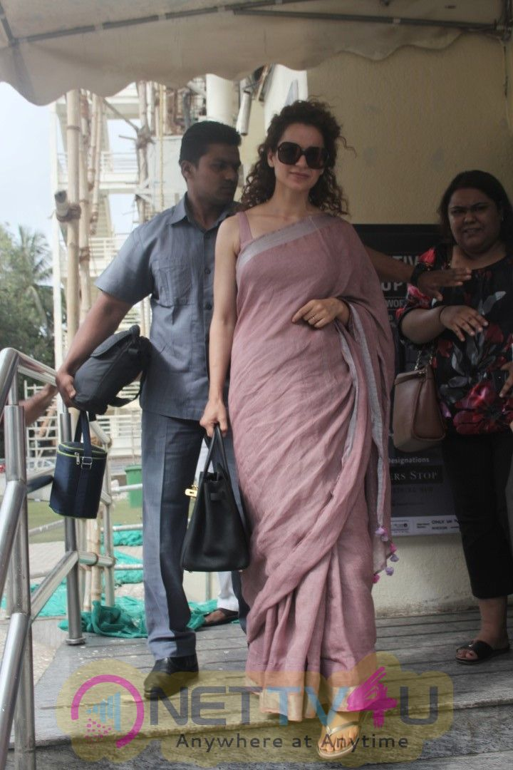 Kangna Ranaut Came To PVR Photos Hindi Gallery