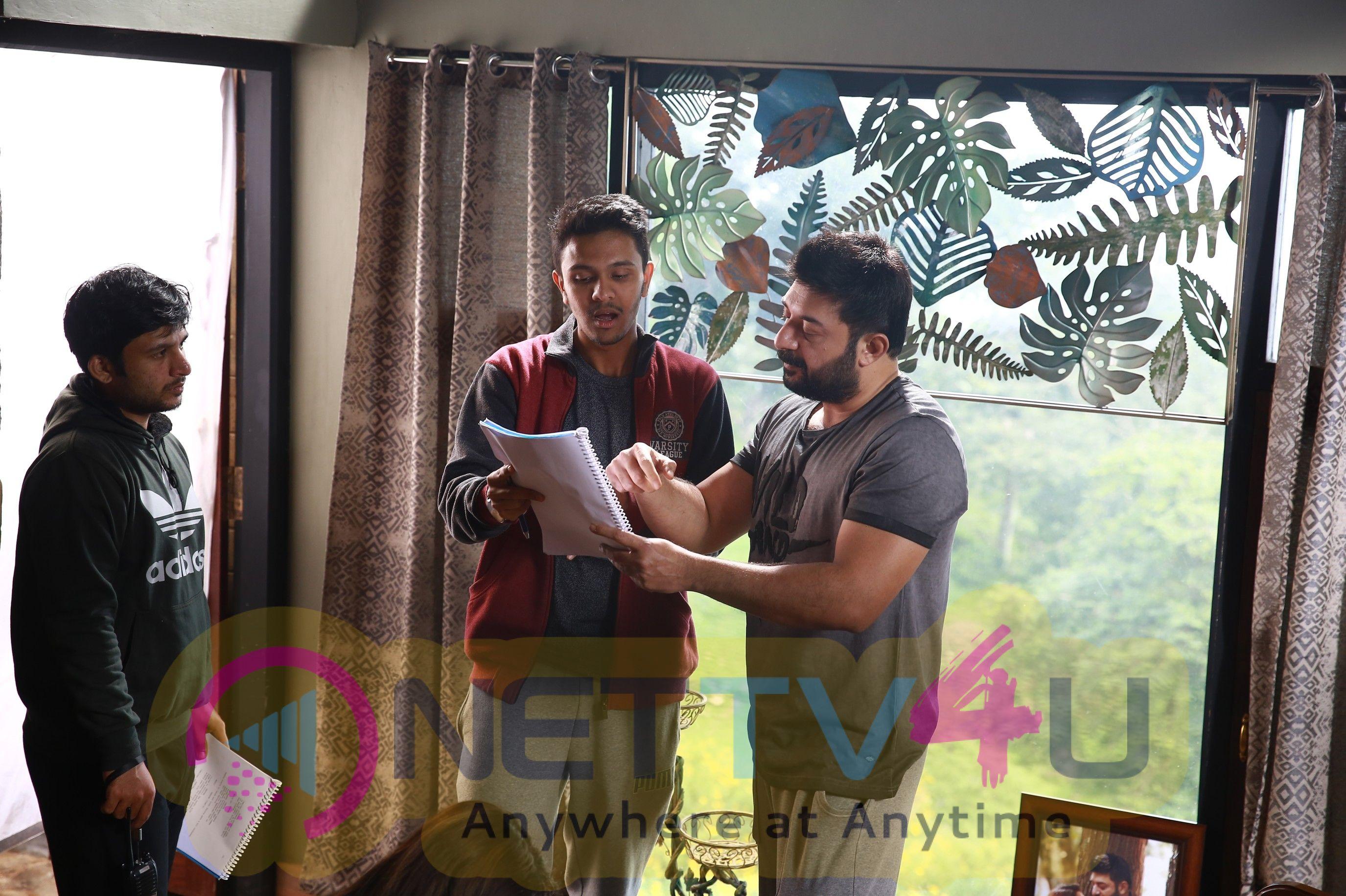 Naragasooran Movie Working Stills