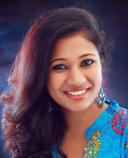 Roshni Roopesh Tamil Actress