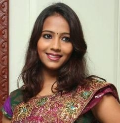 Suryapriya Tamil Actress