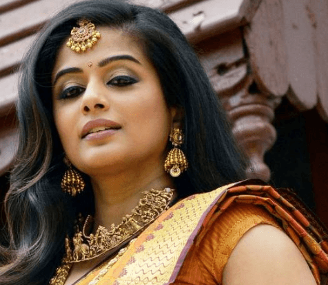 Priyamani Gets Back To Movies After Considerable Gap
