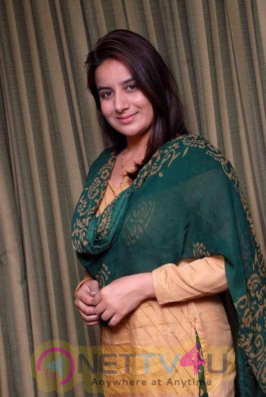 Actress Pooja Gandhi Lovely Stills Kannada Gallery
