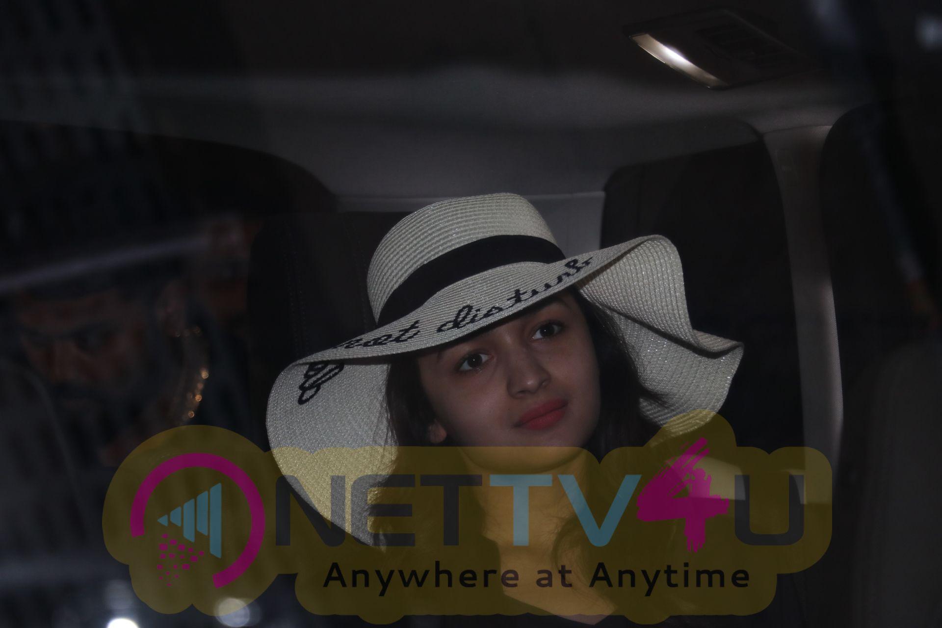 Actress Alia Bhatt Cute Pics