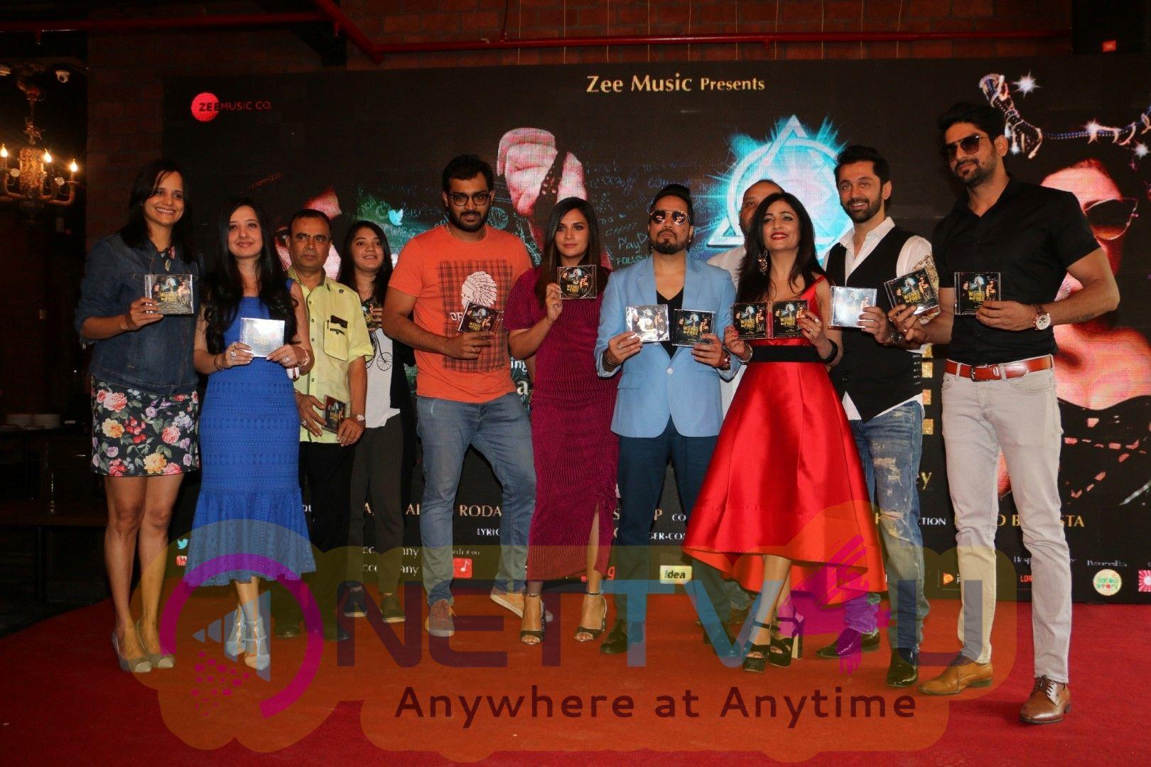 Richa Chadha And Shibani Kashyap Launch Their Music Video Wannabe Free Stills Hindi Gallery