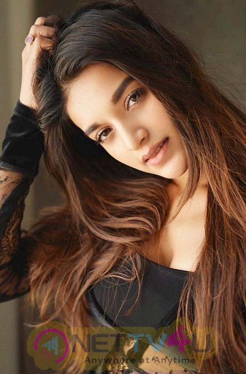 Actress Nidhhi Agerwal Cute Photos